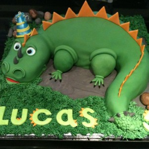 easy dinosaur birthday cake