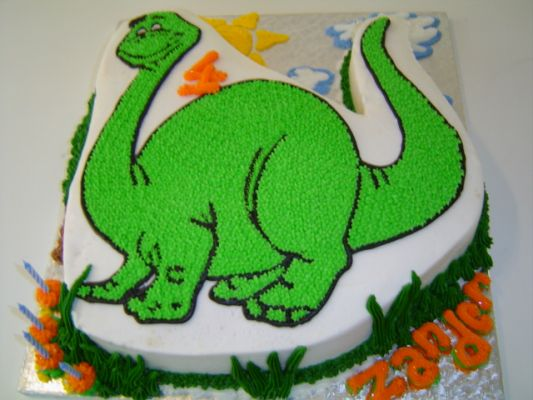how to make a dinosaur cake with fondants