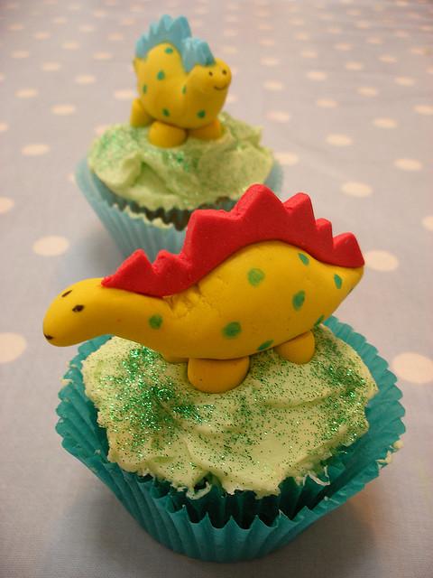 Funny dinosaur cupcakes