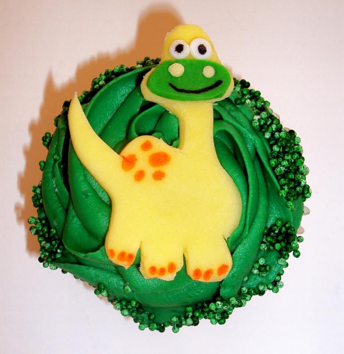 dinosaur cupcake cake tutorial