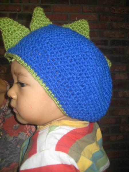 topi-dinosaurus-crochet